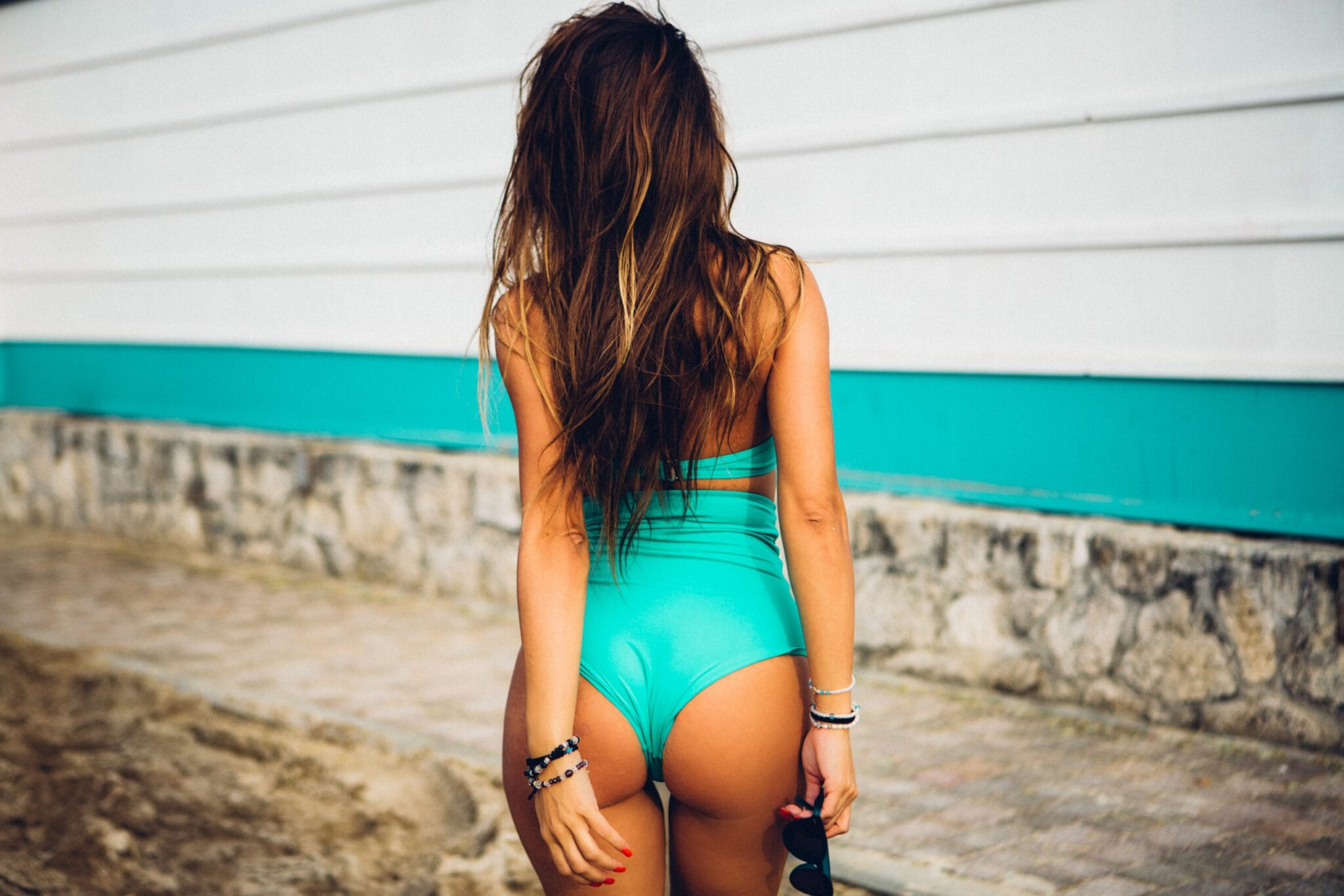 Best Swimsuit for Cellulite Thighs